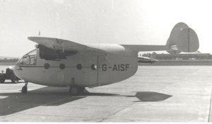 """""""ברווזה הרה"""" טייס אמריקאי בשטח מצרי"""