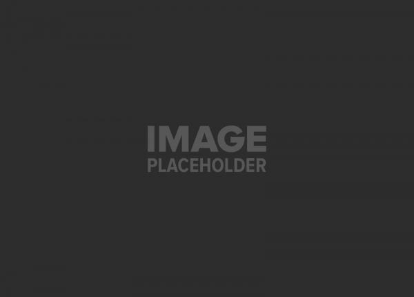תעופה עברית / איל שפירא – מגזין Traveler – מגזין הנסיעות והטיולים של נשיונל ג'יאוגרפיק – גיליון יולי 2013